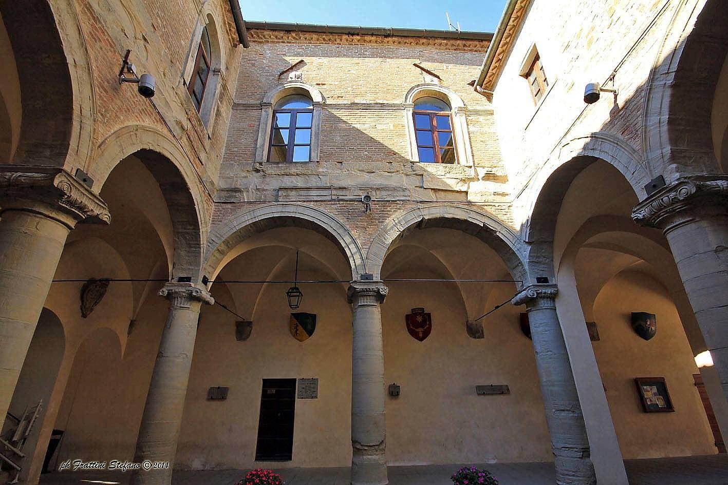 Loggiato d'onore di Palazzo Ubaldini Apecchio